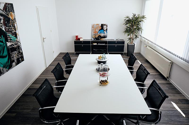 Rechtsanwalt und Notar Klaus-Dieter Heskamp in Hannover: Besprechungsraum 2.